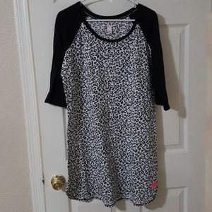 Victoria's Secret Nightgown Sleep shirt XL